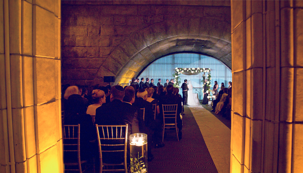 column_ceremony_web.jpg